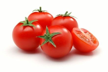 Mẹo tắm trắng da hiệu quả đơn giản bất ngờ từ cà chua
