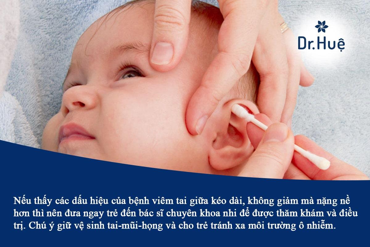 Viêm tai giữa ở trẻ sơ sinh trẻ em có nguy hiểm không
